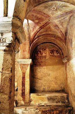 Crypte de l'abbaye de Saint-Germain scènes du martyr de Saint Etienne © Josette Laliaux Ville d'Auxerre